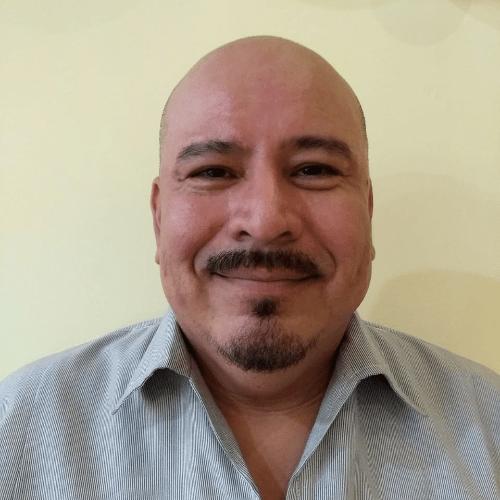 Essaú Gutierrez , MD