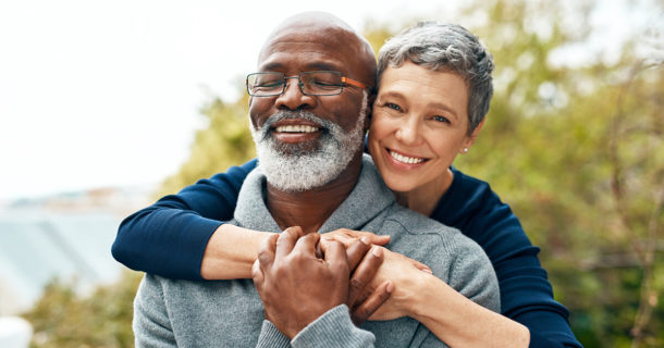 Older couple happy and healthy with regenerative medicine stem cell therapy in Mexico